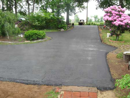Residential Driveway Paving Woodstock, CT